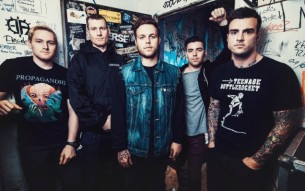 "STICK TO YOUR GUNS – ""Nobody"" video"