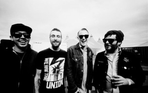 "THE FLATLINERS premiere new song ""Lifers""!"