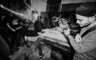 Intense, politically involved hardcore band WOODWORK streaming new record!