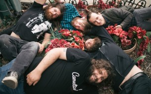 "THE SUPERWEAKS – ""No Sorrow"" video"